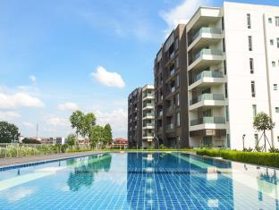 Greenwich South Condominium, Kuching