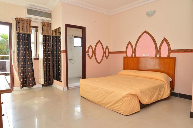 Hotel International, Sud Comoé