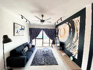 Southkey Mosaic 4pax (WIFI) B2811 @ UHA Home, Johor Bahru