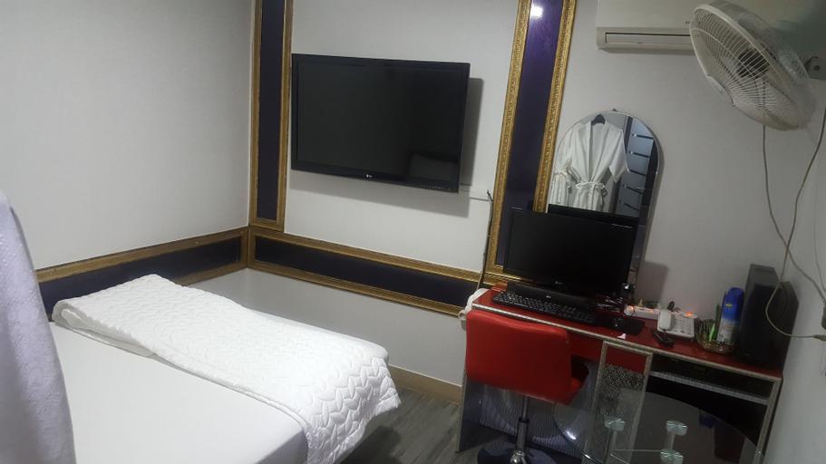 New Sky Motel, Yongsan