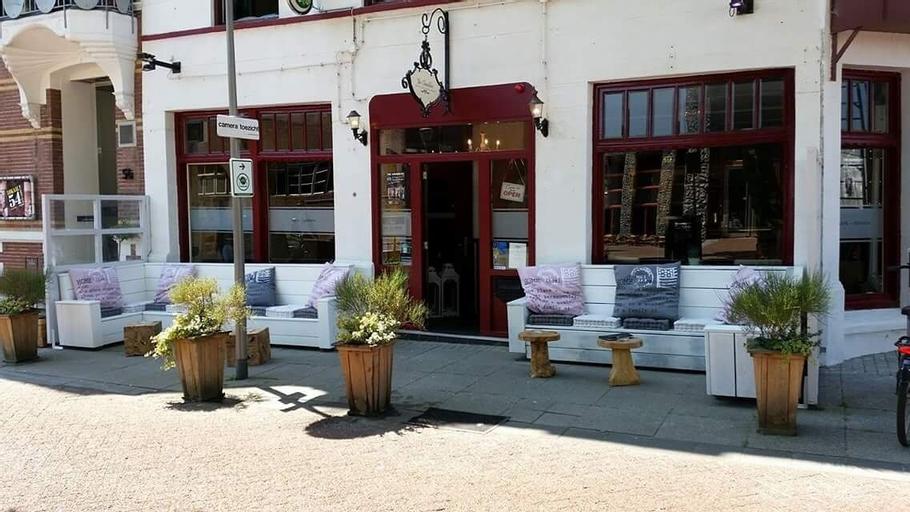 Cafe pension The Chandelier, Terneuzen