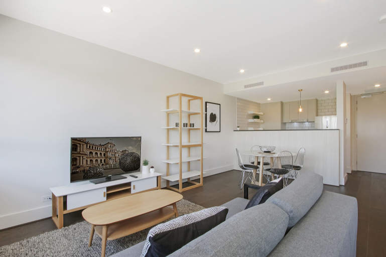 Accommodate Canberra - The Prince, Kingston