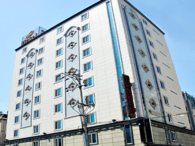 Fiore Tourist Hotel, Gumi