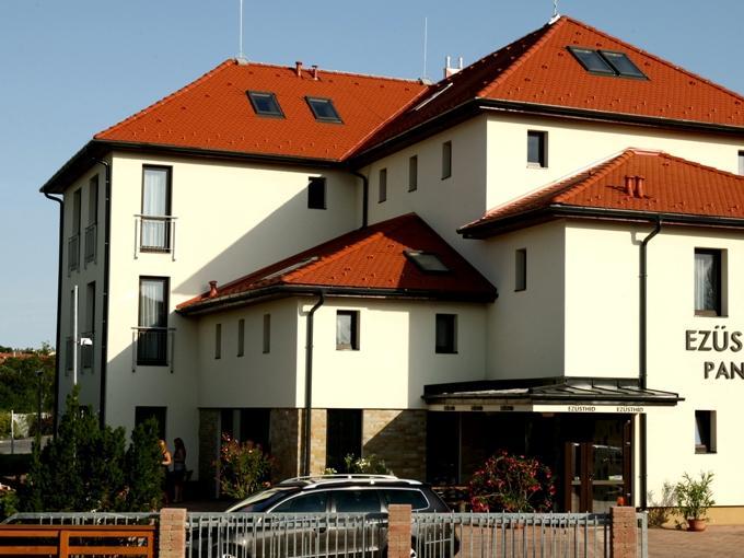 Ezusthid Hotel (Pet-friendly), Veszprém