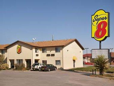 Super 8 by Wyndham Moriarty, Torrance