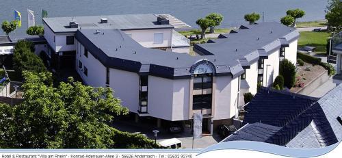 Villa am Rhein, Mayen-Koblenz