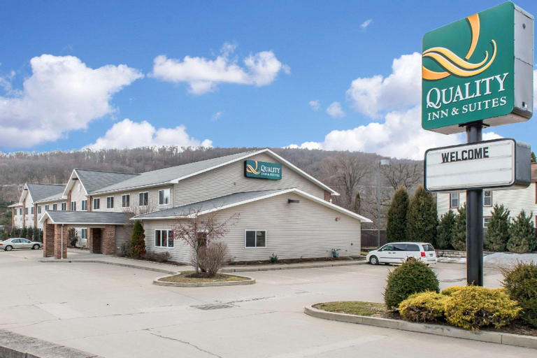 Quality Inn & Suites, Crawford