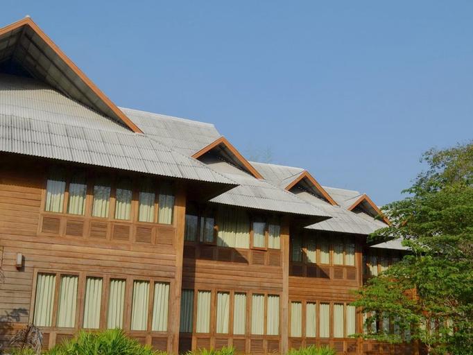 Huen Kam Fah Golf Resort, Mae Sot