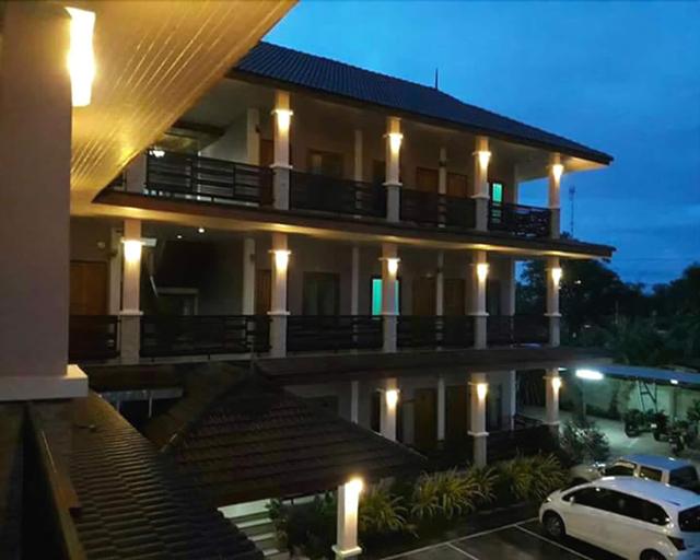 M Grand Hotel, Bung Kan