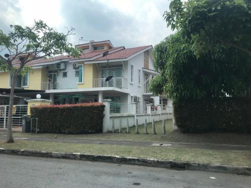 3R D'Latania Senawang, Seremban