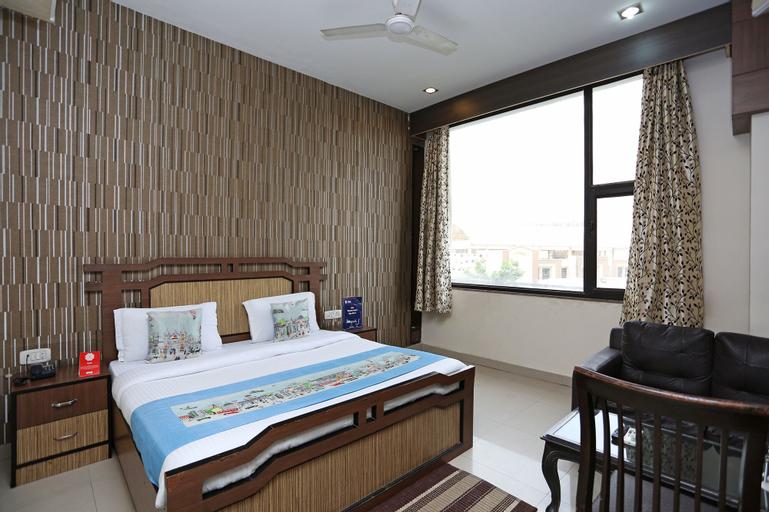 OYO 1299 Hotel Mukut Regency, Gautam Buddha Nagar