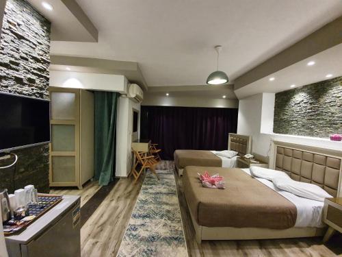 Oriental Hotel, Qasr an-Nil