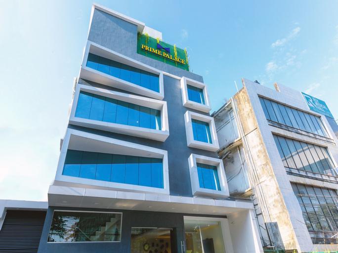 OYO 12329 Prime Palace Hotel, Ernakulam
