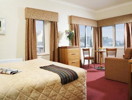 Tara Hotel,