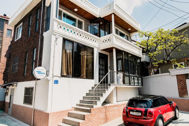 Chingu Guesthouse Hongdae-Mr.Kim's branch, Mapo