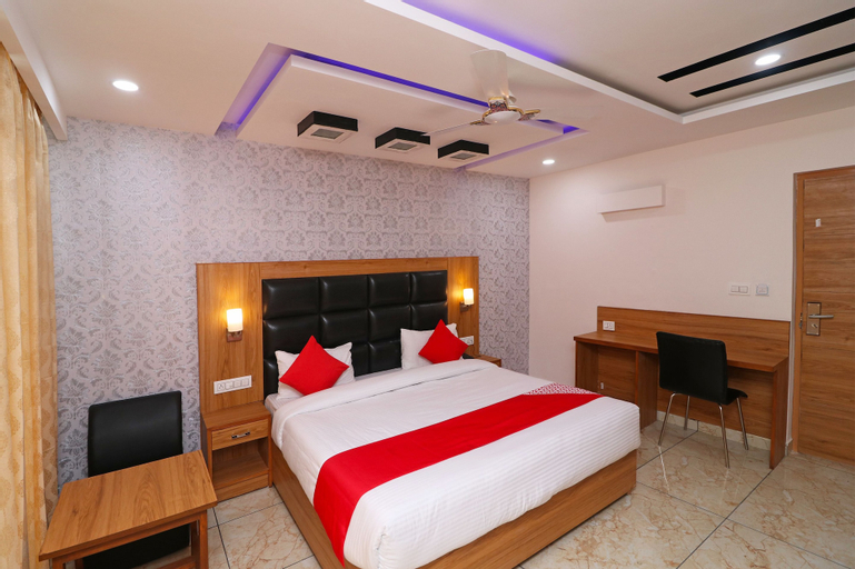 OYO 4751 Hotel Akashdeep, Kangra