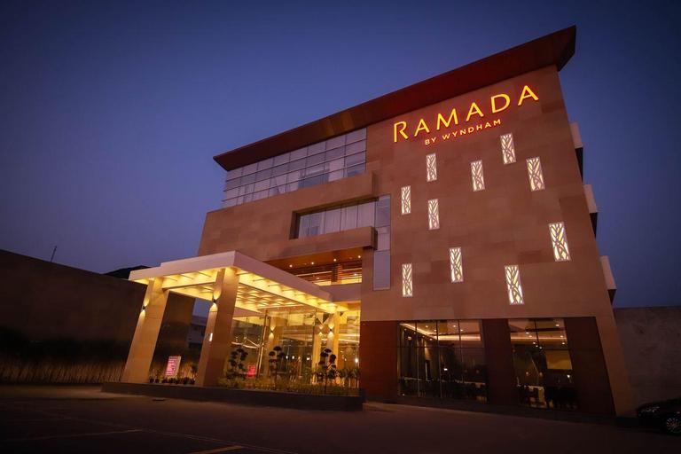 Ramada by Wyndham Aligarh GT Road, Aligarh