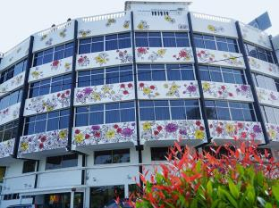 Riverine Garden Hotel, Kemaman