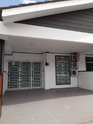 Aidahaz Homestay Manjung, Manjung