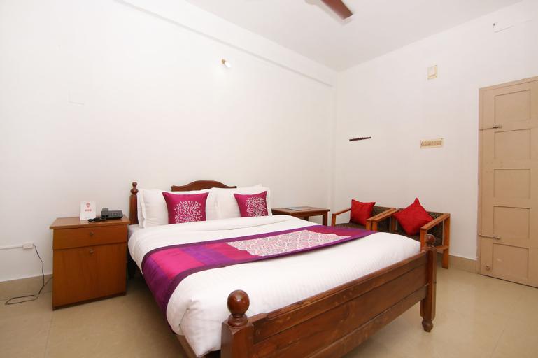 OYO 6712 Hotel Malabar House, Ernakulam