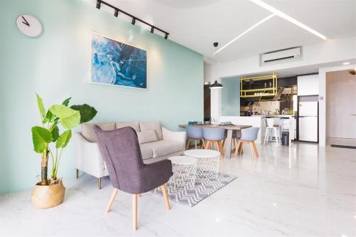 The Top Seaview @ 3 Bedroom Arte S @ 500MbpsWIFI @ 3房式豪华海景公寓, Pulau Penang