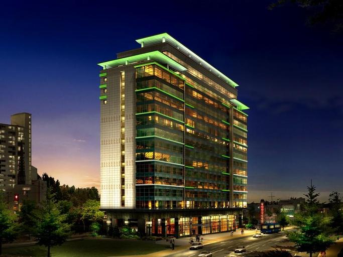 The Class 300 Hotel, Sokcho