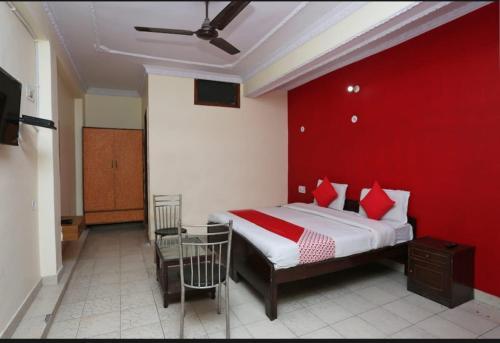 Hotel Esquire, Meerut