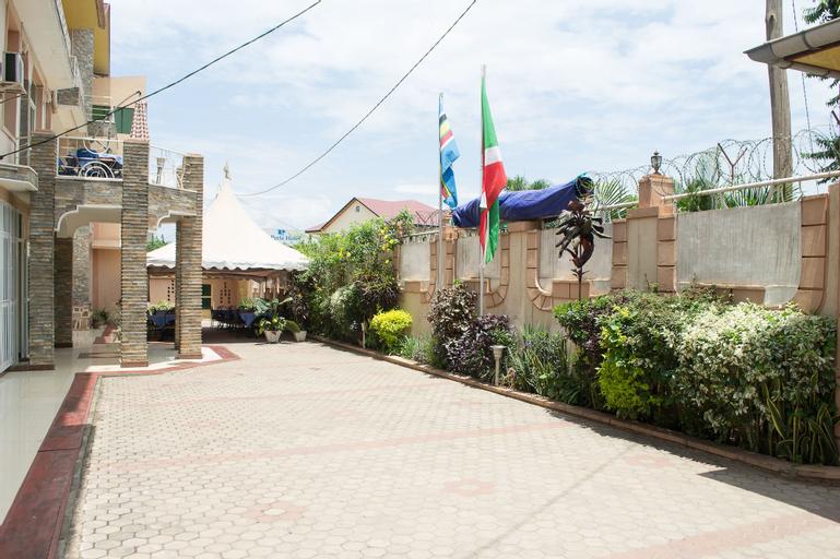 La Perle Hotel, Gihosha