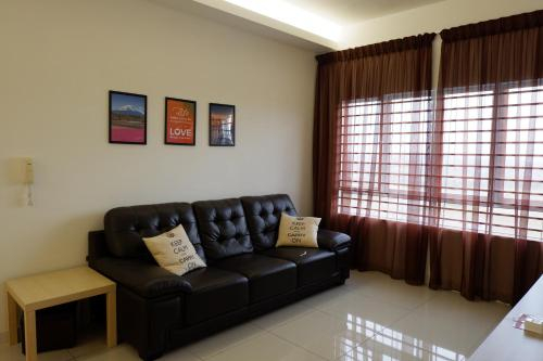 Js Suite at Southville City with Free Wifi and Carpark, Hulu Langat