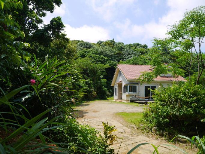 Guest house iroha, Nakijin