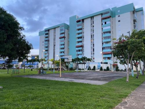Nice Apartment in front of the airport,
