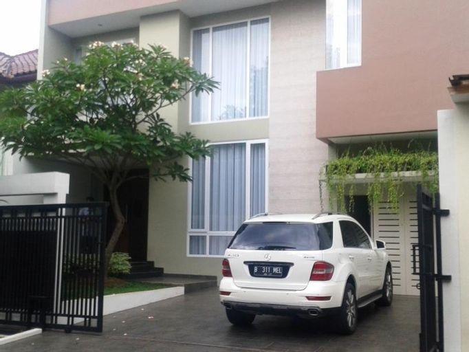 Elliottii Residence Alam Asri, Jakarta Selatan