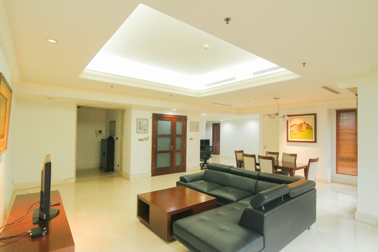 Luxurious 2 Bedroom SCBD Suites Apartment By Travelio, South Jakarta