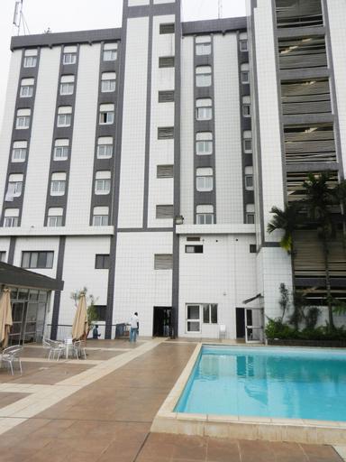 Hotel Franco, Mfoundi