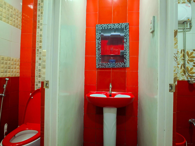 Baguio 3-Bedroom Modern Red Apartment Unit, Baguio City