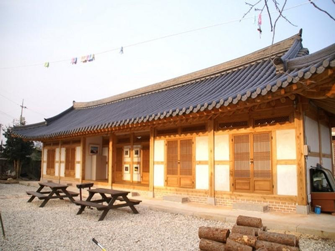 Reed House Hanok Pension, Suncheon