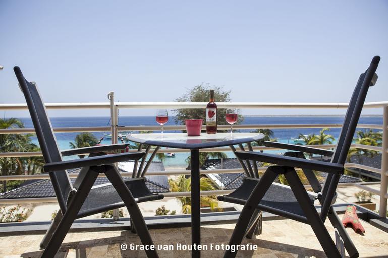 Bonaire Seaside Apartments,