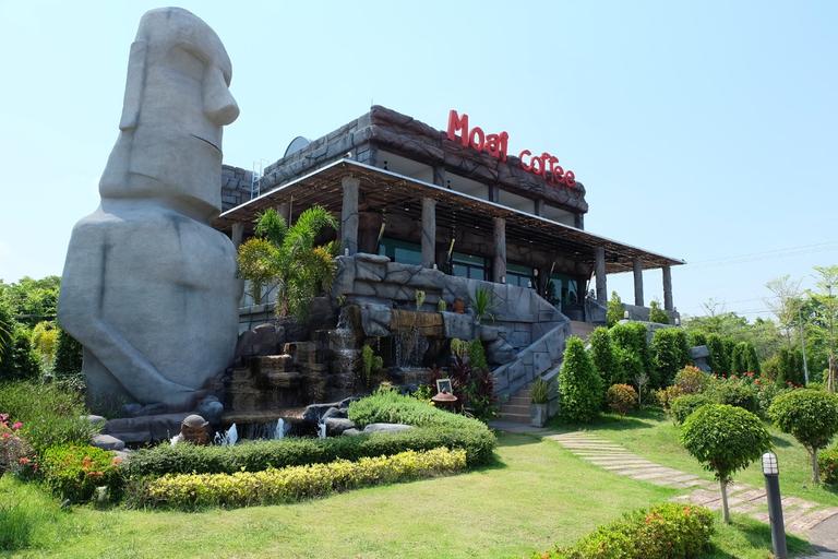 Moai Homeplace, Nong Han
