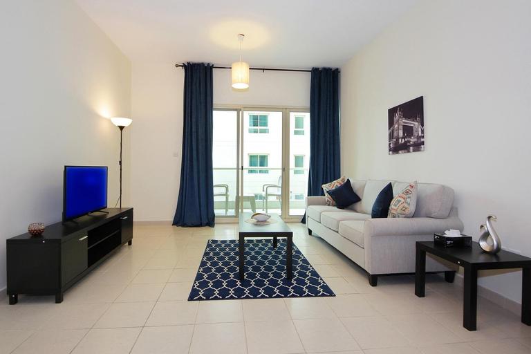 Cozy One Bedroom Apartment in Al Dhafra - Greens,