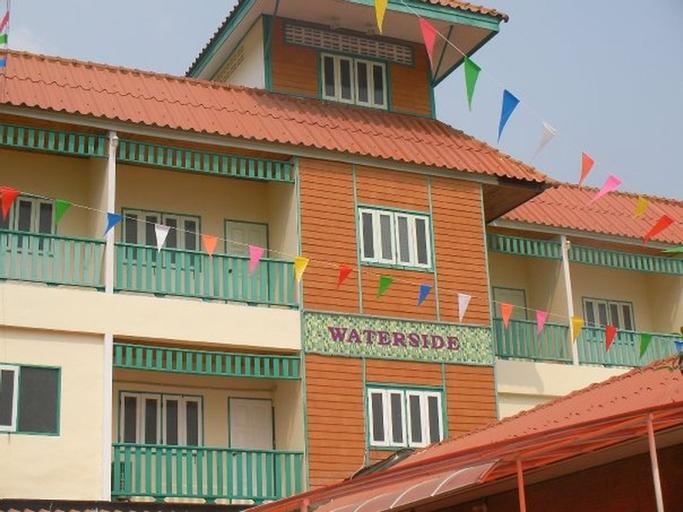 Waterside Boutique Hotel (Pet-friendly), Bangkok Noi