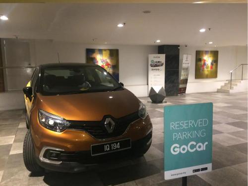 Mid Valley 1km away Verve Suites Old Klang Road, Kuala Lumpur