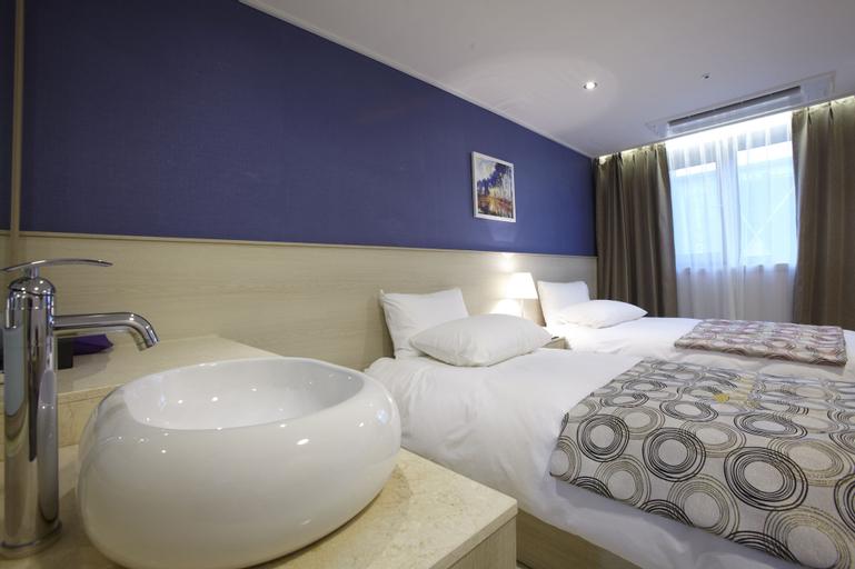 Hotel Sopra, Seo