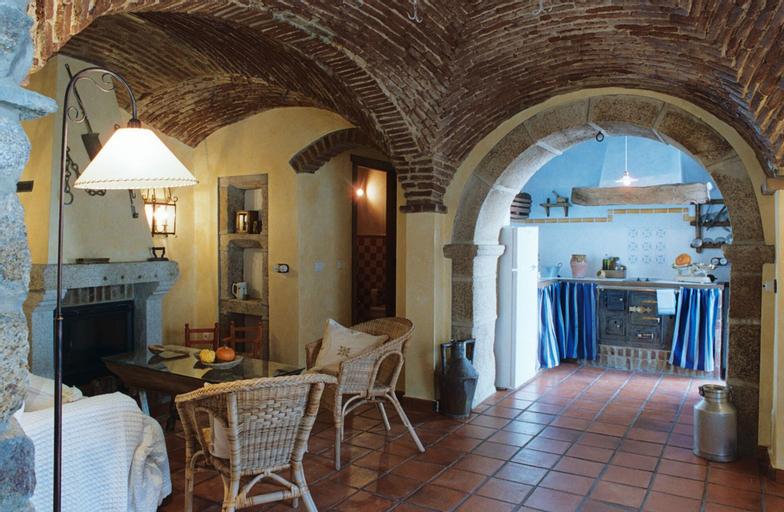 Casa Rural El Fontano, Cáceres
