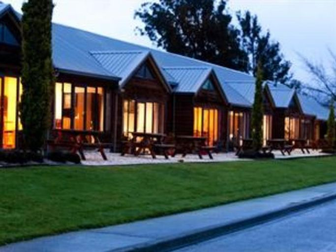 Lakefront Lodge, Southland