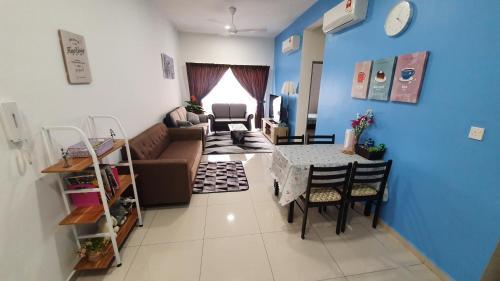 MeronaHomestay Mesahill Apartment, Seremban