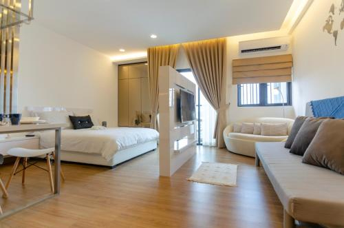 Luxurious, High-Floor Symphony Tower Studio, FREE Parking, Hulu Langat