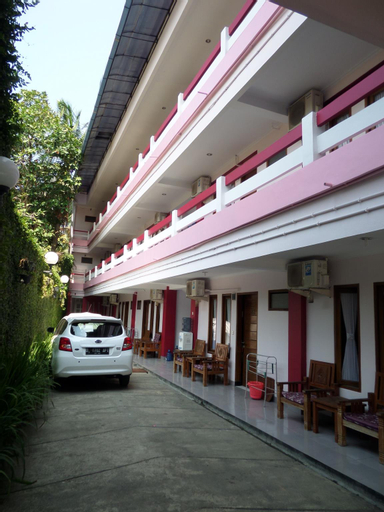 Rose Inn, Pangandaran