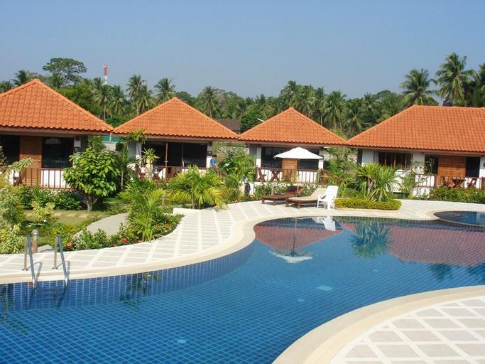 Sailom Bangsaphan Resort, Bang Saphan