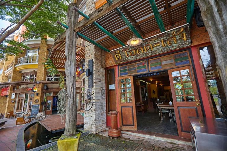 Dee Old Leng Inn, Pak Chong