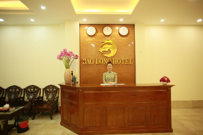 The Jade Dragon hotel, Sóc Sơn